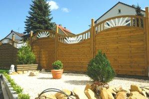 Деревянный забор Солнце